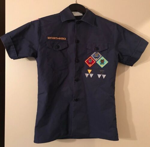 BSA Official Cub Scout Youth Shirt - Size Youth Medium - Navy Blue Short Sleeve