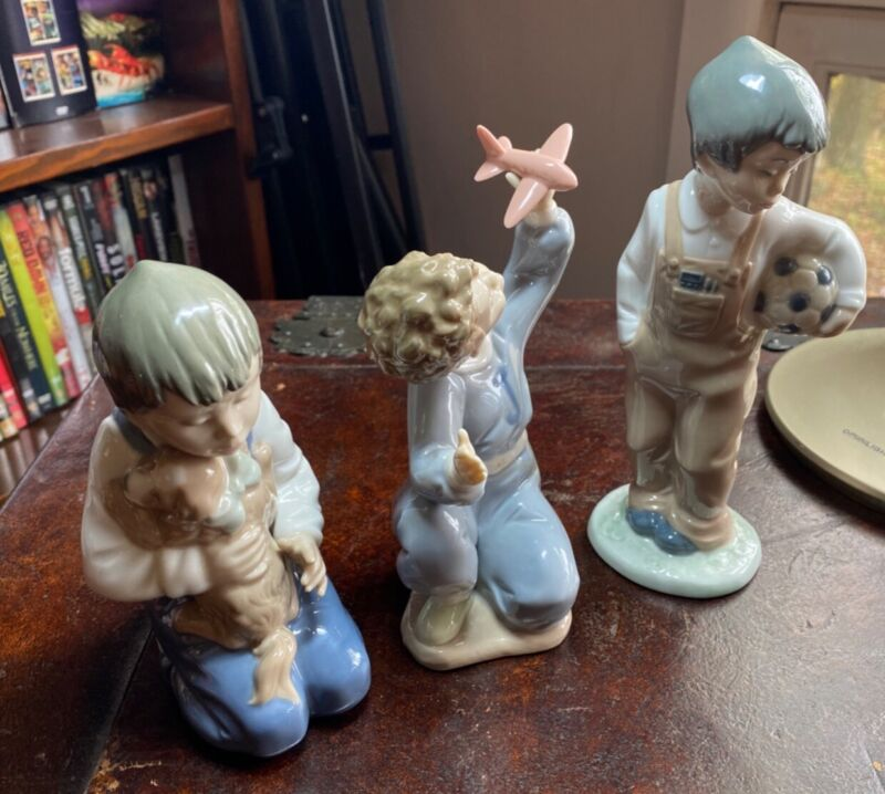 vintage lladro figurine collectibles lot of 3. puppy, soccer ball, airplane Kids