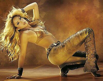 Shakira Unsigned 8x10 Photo (28)