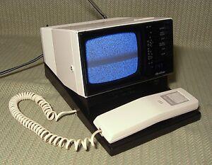 1985 quasar tv telephone radio alarm clock combo 4 b w screen cool works ebay. Black Bedroom Furniture Sets. Home Design Ideas