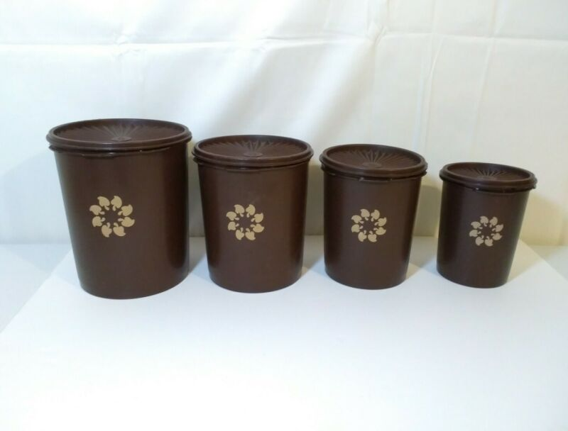 Vintage Tupperware 4 Piece Canister Set With Lids Brown