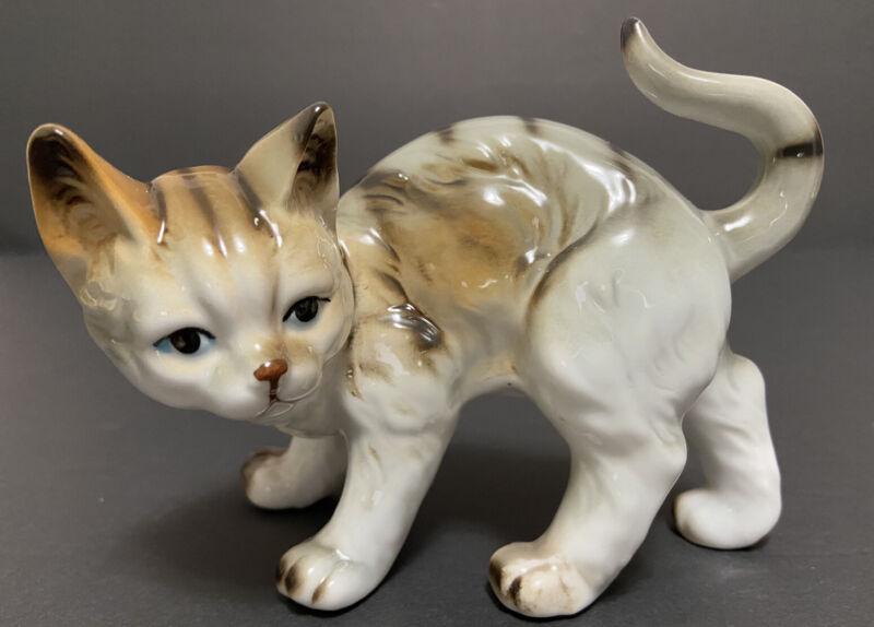 Vtg Cat Kitten Figurine Arched Back Blue Eyes Ceramic Porcelain Grey Brown White