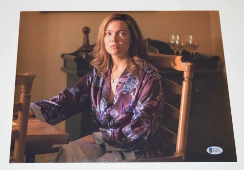 Mandy Moore Signed Autographed 11x14 Photo THIS IS US Beckett BAS COA
