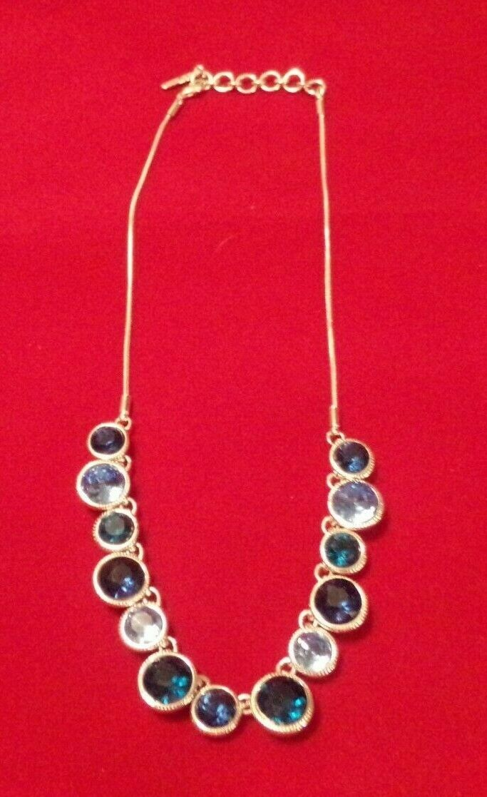 beautiful blue rhinestone silver tone necklace 16