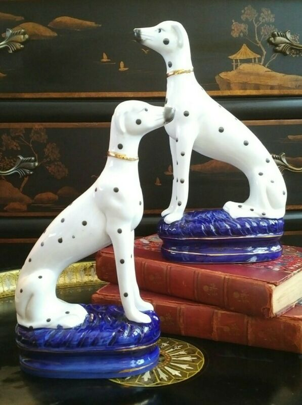 Stunning Rare Pair Staffordshire Style Porcelain Dalmatian Mantle Hunt Dogs