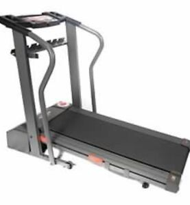 Treadmill Weslo Cadence 215S $300 free delivery