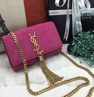 d4e1ef2338ad Yves St Laurent large muse bag (genuine) Gorgeous red leather In ...