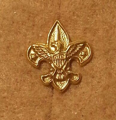 BSA BOY SCOUT LAPEL TENDERFOOT RANK PIN CLUTCH BACK FLEUR DE LIS  A00104 (Bsa Fleur De Lis)