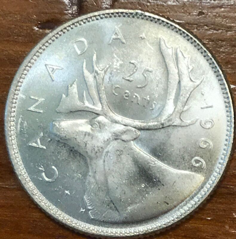 .800 Silver 1966 Canada 25 Cents Quarter Near Uncirculated Condition