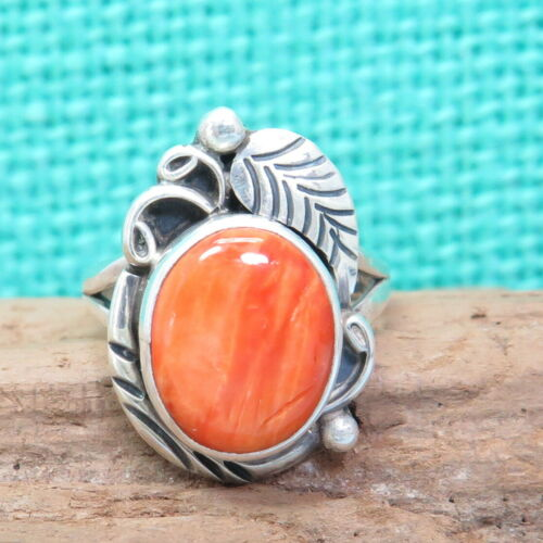 Navajo Native American Oval Spiny Oyster Sterling Silver Leaf Vines Ring S 5-1/4