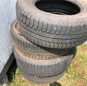 Michelin Winter Tires 265/70R17 used one winter