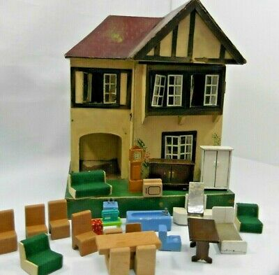 VINTAGE DOLLS HOUSE Tri-Ang L Bros Ltd London Wooden Complete With Furniture.