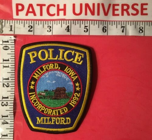 MILFORD IOWA  POLICE  SHOULDER PATCH  D027