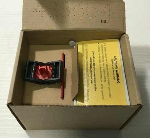 Honeywell XS824-25 Terminal Socket for Relay Outputs New w/ Free Shipping