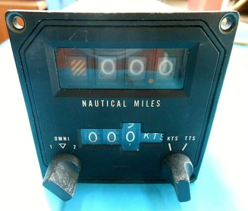 Vtg Collectible Indicator for Distance Measuring Equipment KDI570 DME King Radio