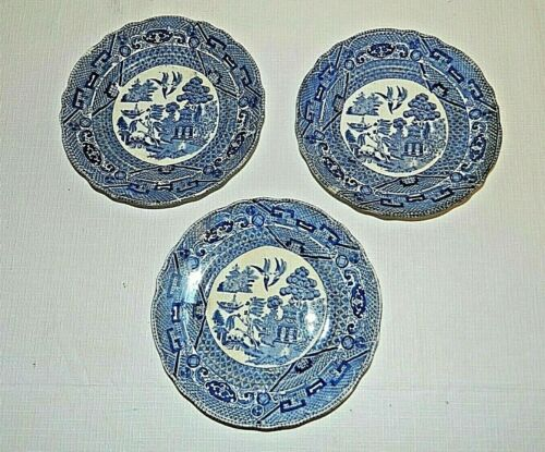 Buffalo Pottery Semi-Vitreous Set of 3 Blue Willow Plates