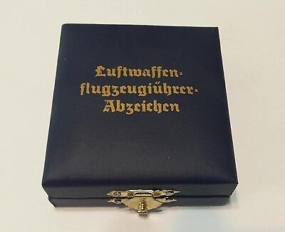 WWII WW2 German Luftwaffe pilot medal badge box presentation case