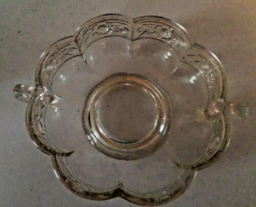 VINTAGE CLEAR GLASS SCALLOPED EDGE CANDY DISH WITH HANDLES