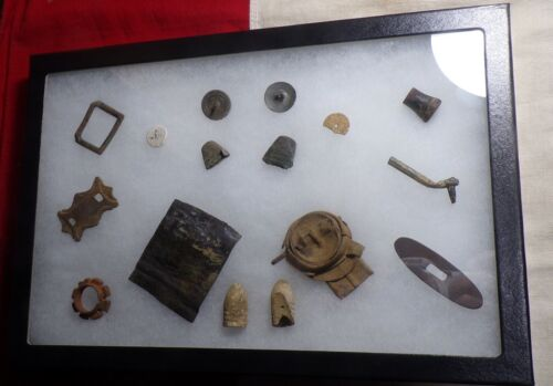 DUG CIVIL WAR BUTTONS, THIMBLES, BULLETS N MORE FROM A CAMPSITE NEAR APPOMATTOX!