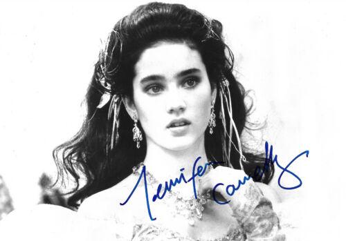 Jennifer Connelly Autogramm signed 13x18 cm Bild s/w