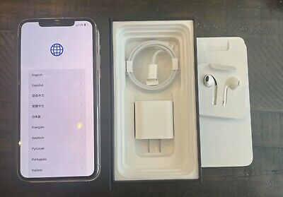 Apple iPhone 11 Pro Max - 256GB - Silver (Unlocked) A2161 (CDMA + GSM) w/Extras