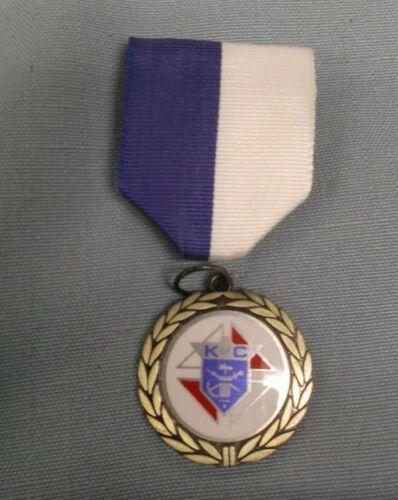 K of C blue white pin ribbon award Knights of Columbus trophy