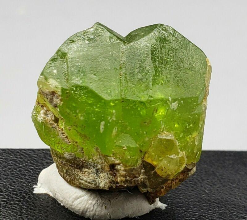 Peridot Crystal 62.89 cts