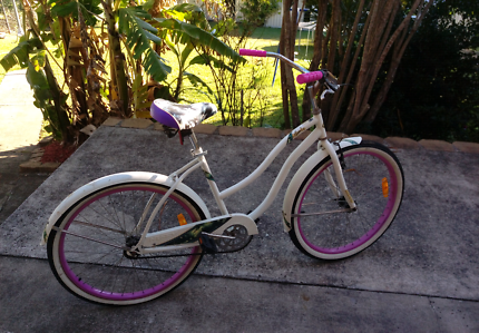 Ladies huffy cruiser