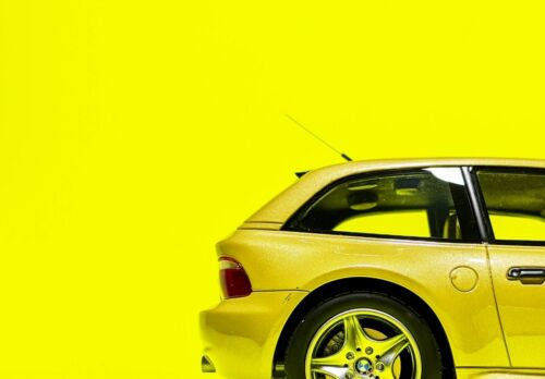 OTTO Mobile 1:18 BMW Z3 M Coupe 3.2 in Phoenix Yellow (OT866)