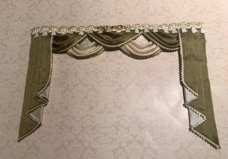 Exquisite Silk Dollhouse Miniature Curtain Drapes Lambrequin 1:12 Scale