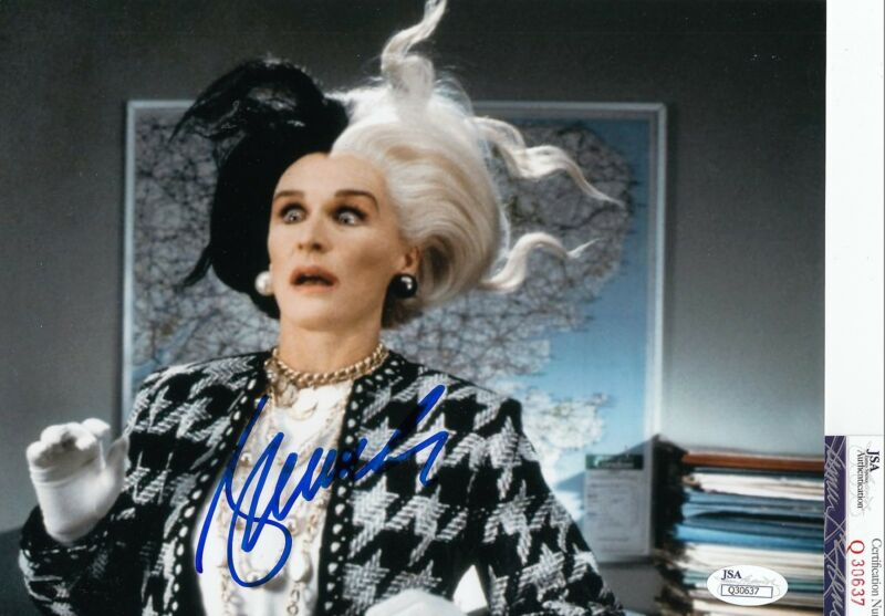 Glenn Close signed *101 Dalmatians* movie 8x10 Cruella De Vil JSA COA Q30637