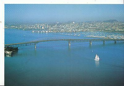 New Zealand Postcard - Waitemata Harbour and Bridge - Auckland   AB1480