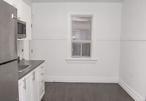 Large 1 Bed near Young & Weber in Kitchener - GREAT LOCATION!