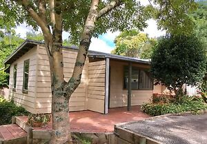 1 bedroom detached cottage in the heart of Emerald Village Emerald Cardinia Area Preview