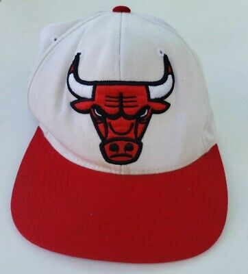 Vintage Chicago Bulls Cap Hat Mitchell & Ness Red White Snapback Wool Blend GUC