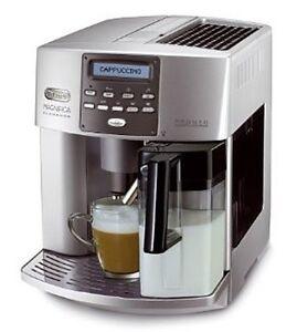 DeLonghi One Touch ESAM 3600 Kaffeevollautomat Elegance Milchbehälter silber NEU