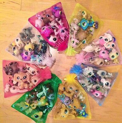 Littlest Pet Shop * 5 PC Random Surprise Lot w/ 1 Dog OR Cat w/ Bonus Gift