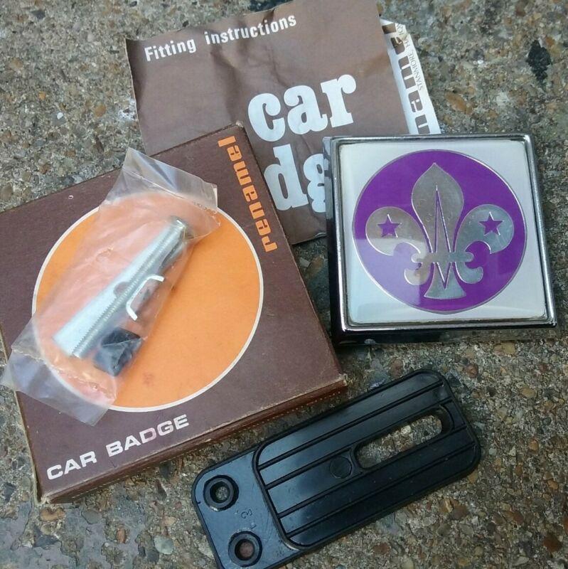 Scarce Vintage Renamel BOY SCOUTS Car Badge Unused Boxed