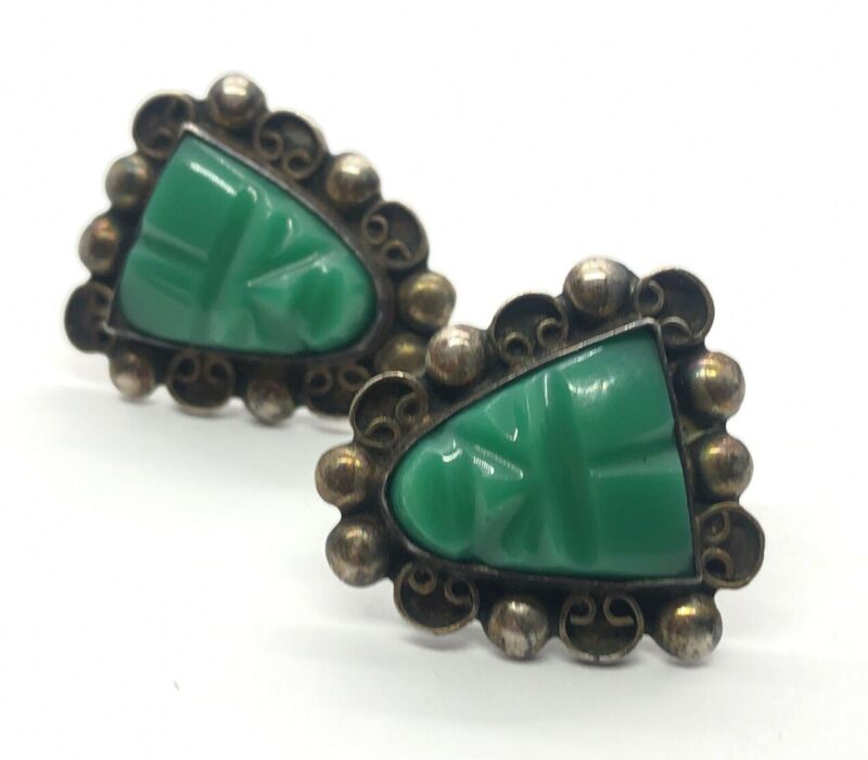 Vintage Sterling Silver Earrings 925 Screw Back Green Face Mexico Carved Onyx