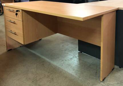 Desk With Drawers Excellent Condition