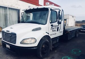 2011 Freightliner flatbed / tilt and load tow truck
