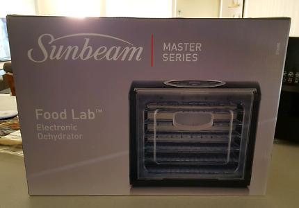 BRAND NEW SUNBEAM DT6000 Food Lab Electronic Dehydrator