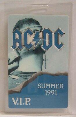 AC/DC - VINTAGE ORIGINAL LAMINATE CONCERT TOUR BACKSTAGE PASS