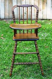 ISO WOODEN HIGHCHAIR