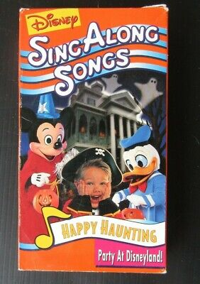 Happy Halloween Country Music (Disney Sing Along Songs Happy Haunting Party at Disneyland (VHS) TESTED)