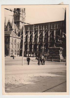 (F22215) Orig. Foto Rouen, Partie m. Kirche St-Ouen u. Denkmal 1940