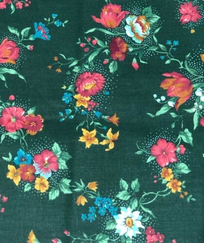 BEAUTIFUL VINTAGE FLORAL COTTON FABRIC BY JOAN MESSMORE FOR CRANSTON PRINT WORKS