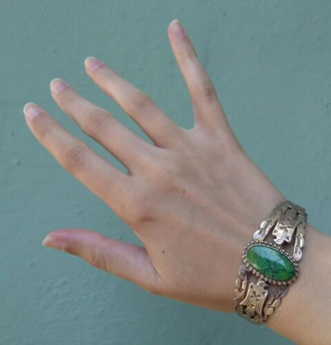VINTAGE FRED HARVEY NAVAJO INDIAN SILVER & TURQUOISE THUNDERBIRD CUFF BRACELET
