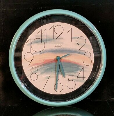 SUNBEAM Battery Quartz Plastic Wall Clock ~ Retro-look w/Teal & Rainbow EUC