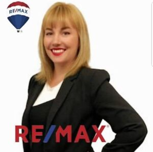 Real Estate Agent - Finding your dream home is my goal!